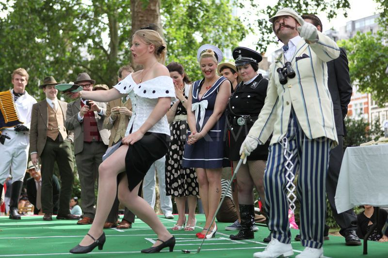 1307610937-chap-olympiad-2010-london-uk_719201